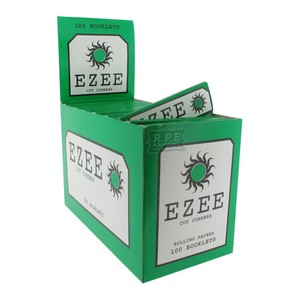 EZEE Standard/Regular Green Rolling Paper Cut Corners 100